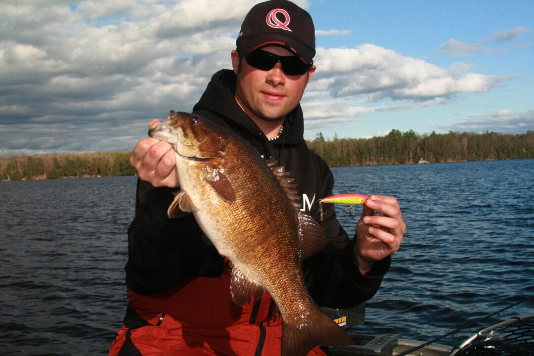 Wisconsin bass fishing guide northwoods bass fishing for Bass fishing jerkbaits